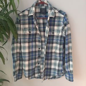 AEO blue and white flannel